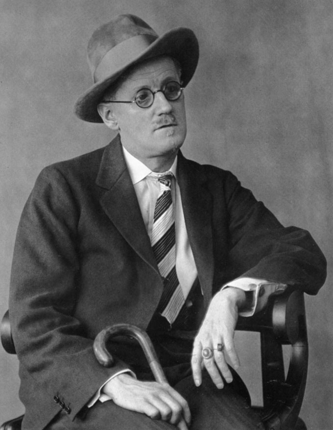 Berenice Abbott, James Joyce, 1928 © Berenice Abbott / Commerce Graphics, Courtesy Howard Greenberg Gallery, NY