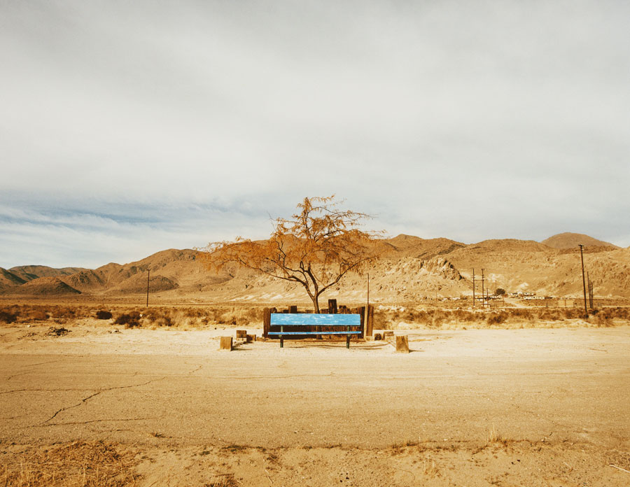 © Pamela Littky: »The Middle Of Nowhere«, Aus Der Serie | From The Series »Vacancy«, 101,60 X 127 Cm, Ed. 5 +1AP