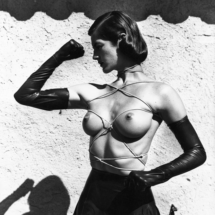 Helmut Newton, Tied-Up Torso, Ramatuelle 1980 © Helmut Newton Estate