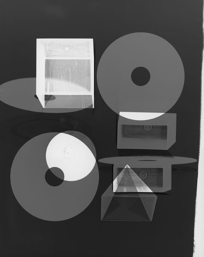 Doug Fogelson, Forms And Records No. 11, 2014 Fotogramm, Silbergelatinepapier Courtesy Doug Fogelson © Doug Fogelson